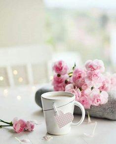 Coffee Cup Icon, Coffee Gif, Coffee Break, Coffee Heart, Coffee Is Life, Flower Background Wallpaper, Rose Wallpaper, Wallpaper Backgrounds, Drinking Black Coffee