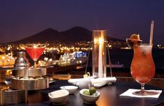 Romeo Hotel - Restaurant and bars sea view Naples, Italy Fine Hotels, Rooftop Bar, Winter Night, Hotels And Resorts, Fine Dining, Hotel Offers, Restaurant Bar, Alcoholic Drinks, Italy