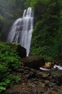 Yuemeikang Waterfall 月眉坑瀑布 – Taiwan's Waterfalls