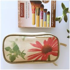 EcoTools Hemp Bag + Brushes⭐️HP⭐️ Hemp Double compartment Ecotools makeup bag. Earthy flower print feel on front. Brand New brushes and bag!! 3 Ecotools brushes are included!! 🌻🌾⭐️Host Pick Best in Makeup⭐️ EcoTools Makeup Brushes & Tools
