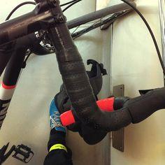 sabah işe giderken biz metroda #bisiklet #cycle2work #bike2work #cycling #bike #biking #bicycle - https://www.facebook.com/photo.php?fbid=10153063654242476&set=a.10150504291277476.376476.585597475&type=1 #facebook