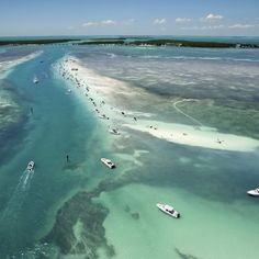 While the Florida Keys are enchanting, the beaches are surprisingly poor.