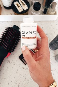 Fashion Jackson Olaplex No 6 Bond Smoother Oil For Hair Loss, Stop Hair Loss, Prevent Hair Loss, Hair Dryer Reviews, Afro, Roman Hair, Nail Conditions, Broken Nails, Hair Falling Out