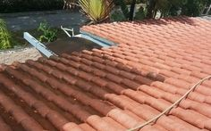 APPLYING THE RIGHT ROOF COATINGS IN MIAMI https://commercialpaintingservices24.wordpress.com/2016/08/19/applying-the-right-roof-coatings-in-miami/