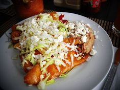 Enchiladas, Salvadorian Food, Latin Food, Mexican Dishes, Mexican Meals, Restaurant Recipes, One Pot Meals, Diy Food, Food Ideas