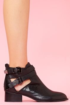 everly cutout boot.