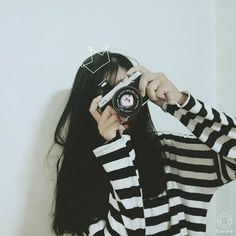 Read Ulzzang girl 💛 from the story Ulzzang ❤ Korean Girl Photo, Cute Korean Girl, Asian Girl, Mode Ulzzang, Ulzzang Korean Girl, Ulzzang Girl Selca, Girl Pictures, Girl Photos, Mode Kawaii