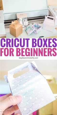 How to Make & Assemble Beautiful Boxes with your Cricut + Free Templates - Today you are going to learn how to make the most beautiful boxes with your Cricut Maker or Explore - Cricut Cards, Cricut Vinyl, Cricut Mat, Cricut Help, Free Svg, Cricut Craft Room, Cricut Tutorials, Craft Box, Maker