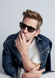 Introducing J.Crew men's Irving sunglasses.