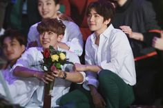 chan & baek Baekhyun is indeed the most beautiful man i have ever laid my eyes on. He looks so unreal Chanbaek Fanart, Exo Chanbaek, Baekhyun, Park Chanyeol, Exo Couple, Lucas Nct, Seoul Music Awards, Xiuchen, Kim Min Seok