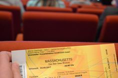 Ein Abend in Massachusetts Massachusetts, Musicals, Bee, Cards Against Humanity, Concert, Cards, Bees, Musical Theatre