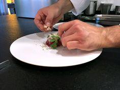 "Elaboración de Carne de Kobe A5 con lechuga marina y caviar"" by Enrico Croatti.  #cartadeverano #Orobianco #OrobiancoCalpe #RestauranteOrobianco #Calpe #Ristorante #ComidaItaliana #Gastronomía #RestauranteItaliano #RestauranteCalpe #EnricoCroatti #ComerenCalpe #RestaurantesCalpe"