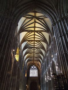 beautiful+ceilingarchitecture+in+buildings | Gothic Ceiling Architecture of Lichfield Cathedral