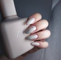 Who doesn't love properly manicured and well-groomed nails? Ensuring you get as creative with your nails as you are with your clothes is the industry of nail art designs. Today, the trend of … Cute Nails, Pretty Nails, Hair And Nails, My Nails, Best Nails, 5sos Nails, Nagel Blog, Gradient Nails, Acrylic Nails