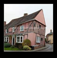 Hooray for old pink houses!