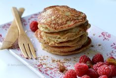 Yoghurt pannenkoekjes met havermout (suikervrij) Delicious Desserts, Dessert Recipes, Yummy Food, Dinner Recipes, Healthy Sweets, Healthy Baking, Healthy Food, Superfood, Pureed Food Recipes