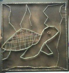 #turtle #turtlestringart #turtleart #goldspraypaintart #stringart #goldturtle #recycledart #cuteturtle #streetart #goldturtlestringart