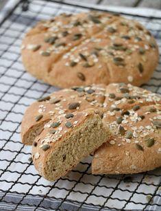 Enkle, grove og saftige scones - LINDASTUHAUG Scones, Bread, Baking, Food, Brot, Bakken, Essen, Meals, Breads