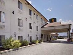 Wenatchee (WA) Super 8 Wenatchee United States, North America Set in a prime location of Wenatchee (WA), Super 8 Wenatchee puts everything the city has to offer just outside your doorstep. Offering a variety of facilities and services, the hotel provides all you need for a good night's sleep. To be found at the hotel are free Wi-Fi in all rooms, 24-hour front desk, express check-in/check-out, business center, family room. Comfortable guestrooms ensure a good night's sleep with...