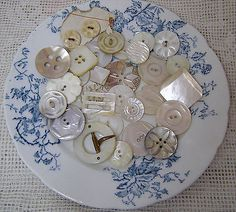 Lot-32-Vintage-Carved-Mother-of-Pearl-Buttons-Buckles-Slide-Too