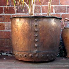 Victorian Copper Copper that will make a great garden planter. Copper Pans, Copper And Brass, Antique Copper, Copper Kitchen Utensils, Copper Planters, Copper Decor, Iron Decor, Architectural Salvage, Metal Working