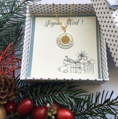 Necklace with Christmas wishes card #etsy shop: Joyeux NOEL/wishes card jewelry/Christmas gift/TWO CIRCLES pendant necklace/unique gift for her/silver gold filigree disc necklace/under 40 http://etsy.me/2i1kLOQ #jewelry #necklace #gold #christmas #circle #geometric #silver