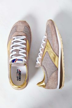 gold accent runners