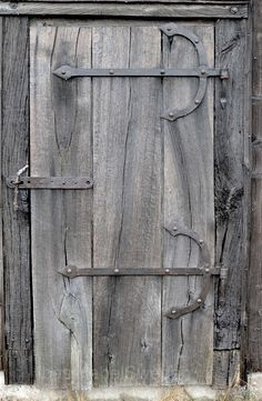 Barn Woods love the hinges