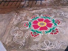 Simple Rangoli Designs Images, Rangoli Designs Flower, Rangoli Ideas, Rangoli Designs Diwali, Kolam Rangoli, Flower Rangoli, Easy Rangoli, Beautiful Rangoli Designs, Kolam Designs