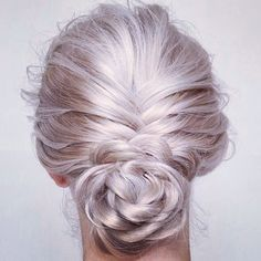 Need hair up inspiration + a stylist who can create it? #realhair is where you need to be. We're open #christmaseve and #nye to make your festive period sparkle ✨❄️🎄⛄️ #chelsea #london #stylists #hair #hairsalon #fashion #style #blonde #beauty #braids #hairspiration #hairstyling