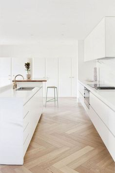 Stunning White Kitchen Cabinet Design Ideas Best Picture For vinyl flooring For Your Taste You are looking for something, and it is going to tell you e Built In Cabinets, White Kitchen Cabinets, Kitchen Cabinet Design, Kitchen Interior, New Kitchen, Kitchen Decor, Laminate Cabinets, Kitchen Pantry, White Kitchen Flooring