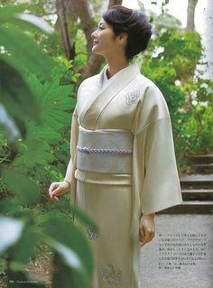 Kimono / 訪問着 / 花紋 / 帯(華七宝文様)