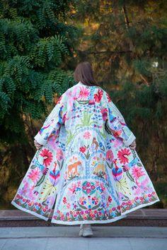Modest Fashion, Fashion Outfits, Style Fashion, Simple Kurti Designs, Abaya Designs, Silk Coat, Cozy Fashion, Diy Clothes, Coats For Women