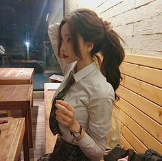 Most popular tags for this image include: ulzzang, asian and korean girl Cute Asian Girls, Beautiful Asian Girls, Cute Girls, Korean Beauty, Asian Beauty, Ulzzang Korean Girl, Ulzzang Hair, Uzzlang Girl, Poses