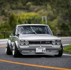 Auto Repair Suggestions To Make Your Life Easier. Fixing your car can prove quite costly. Dream Cars, Nissan Gtr Skyline, Gtr Nissan, Cabriolet, Japan Cars, Modified Cars, Retro Cars, Toyota Celica, Motor Car