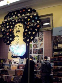 DIY_vinyl_record_wall_art_afro More
