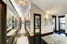 Celebrity Homes: Hugh Grant Former UK Penthouse - No, it's not in Notting Hill. However, this is one of the coolest penthouses in the UK, where Hugh Grant liv Flat Interior, Interior Design, Interior Architecture, Gloucester Road, Penthouse For Sale, Hugh Grant, Mansions Homes, Luxury Mansions, Celebrity Houses