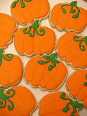 It's Pumpkin Cut-Out Cookie Time! Autumn is here and with it comes the symbolic sight of the season; pumpkins, lots and lots of pumpkins. The bright orange color in these pumpkin cut-o… Pumpkin Cut Out Cookies Recipe, Cut Out Cookie Recipe, Pumpkin Cookies, Pumpkin Recipes, Cookie Recipes, Cookie Ideas, Homemade Cookies, Cookie Designs, Dessert Recipes