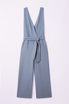Jumpsuits are the dream for easy occasion dressing - but especially Pieces' powdery blue design. The deep V-neck and tie-waist combination are super-flattering, with the wide-leg trouser ticking off a key trend for Spring/Summer '17. Just add heels!