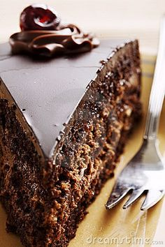 Chocolate Cake With Creamy Chocolate Frosting_ The Ultimate in Chocolate Recipes With Rich Belgian Chocolate. A Triple Delight in Chocolate Desserts.taste-buds will be watering with delight when you dig into this one. Decadent Chocolate Cake, Homemade Chocolate, Chocolate Desserts, Chocolate Chocolate, Belgian Chocolate, Chocolate Frosting, Chocolate Lovers, Yummy Treats, Sweet Treats