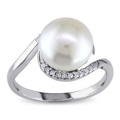 Miadora Sterling Silver 1/10ct TDW Diamond FW Pearl Ring (9-10 mm) (Size 70), Women's, Size: 7, White