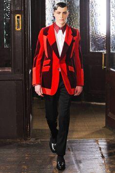 Geo, large lapels, and loud....LOVE Alexander McQueen   #CrazyFashion #Menswear #UniqueBlazer