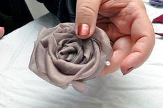 How to Make Fabulous Fabric Flowers (70  pics, Templates)