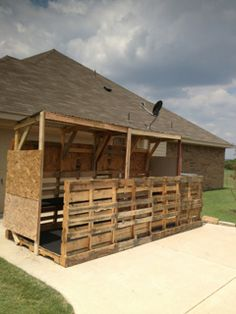 Dog house blind make this for sheila on smaller scale diy made a duck blind this weekend texasbowhunter community discussion forums solutioingenieria Images