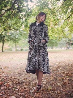 Walking in an autumn wonderland - photo shooting in Victoria Park, London featuring slow fashion designer YUAN & Jas MB London. Get the Flower embellished grey coat from the designers' autumn winter collection. | On Slowness blog