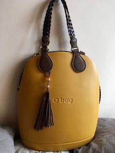 O bag Beautiful Handbags, Beautiful Bags, Types Of Handbags, O Bag, Types Of Bag, Handbag Accessories, Fashion Bags, Bucket Bag, Purses And Bags