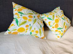 Throw pillow case, very vivid printed finnish fabric, decorative pillow case, Dandelions print fabric, dandelion flowers throw pillow case by Stitchingnoob on Etsy