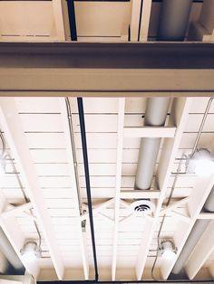 DIY Painted Basement Ceiling Project - white painted ceiling with exposed duct w. DIY Painted Basement Ceiling Project – white painted ceiling with exposed duct work Cheap Basement Remodel, Basement Plans, Basement Stairs, Basement Renovations, Basement Bathroom, Basement Ideas, Basement Ceilings, Rustic Basement, Basement Designs