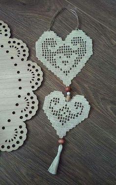 Filet Crochet, Crochet Stitches, Knit Crochet, Crochet Tablecloth, Crochet Doilies, Crochet Designs, Crochet Patterns, Crochet Plant Hanger, Hello Kitty Crochet