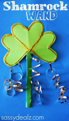Shamrock Wand Craft for St. Patrick's Day. Patrick's Day, we made a pretty shamrock wand craft! This is the perfect art project for little girls who love to play pretend fairies! It's an easy craft to make and can entertain kids for hours! March Crafts, St Patrick's Day Crafts, Daycare Crafts, Classroom Crafts, Toddler Crafts, Spring Crafts, Holiday Crafts, Arts And Crafts, Classroom Tools